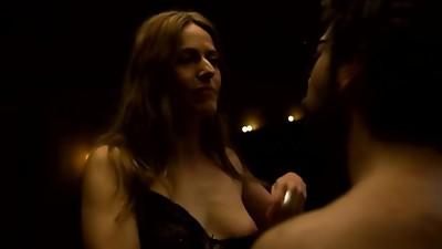 Itziar Ituño Nudes Scenes  Raquel Murillo, La Casa de Papel Saison 3