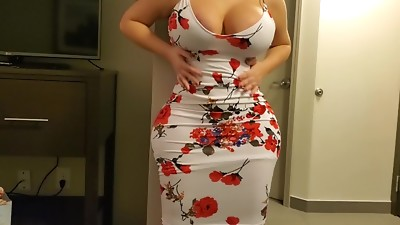Millionaire Pays A Curvy IG Model For Hotel Fucking