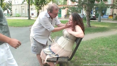 Round honey gets smashed by three dudes in the park
